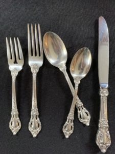 lunt, sterling, flatware, sterling flatware, eloquence, fine dining, sterling service, traditional, dining, home, estate sale, boston, real estate, downsizing, moving, sale, help, assistance
