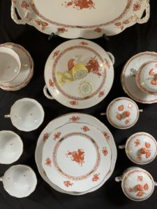 herend, china, porcelain, chinese bouquet, rust, antique, soup, soup lug, turreen, downton abbey, tv, props, set design, hunt estate sales, boston ma, estate liquidation